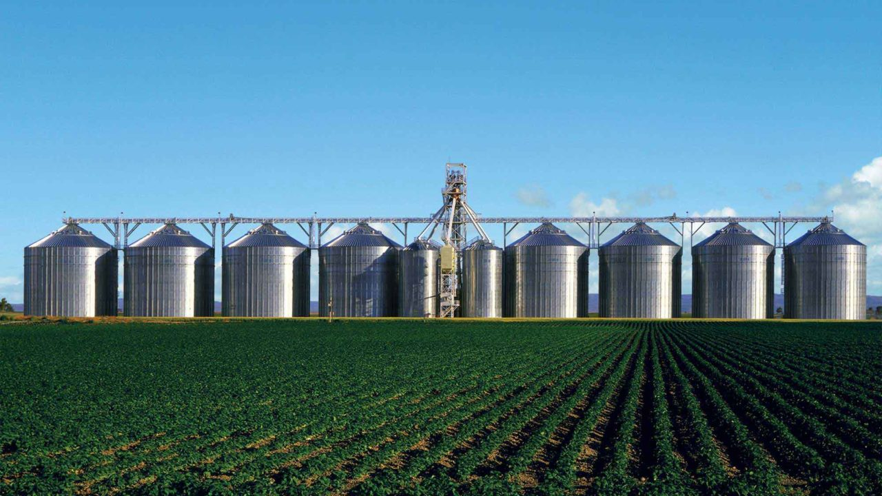 Commercial Grain Bins
